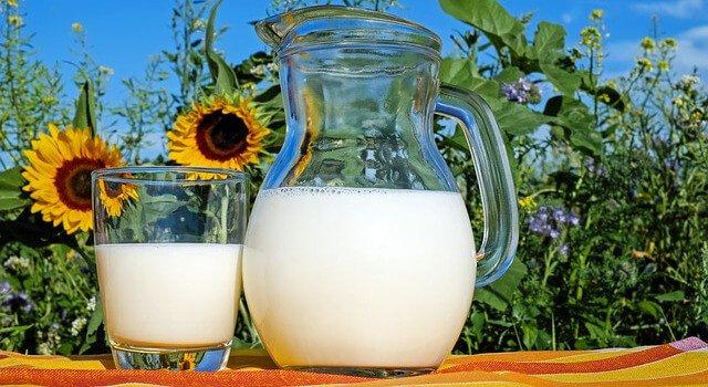 Wybielanie ubrań domowym sposobem - wybielanie ubrań mlekiem