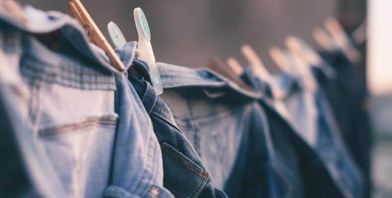 Prasowanie jeansów