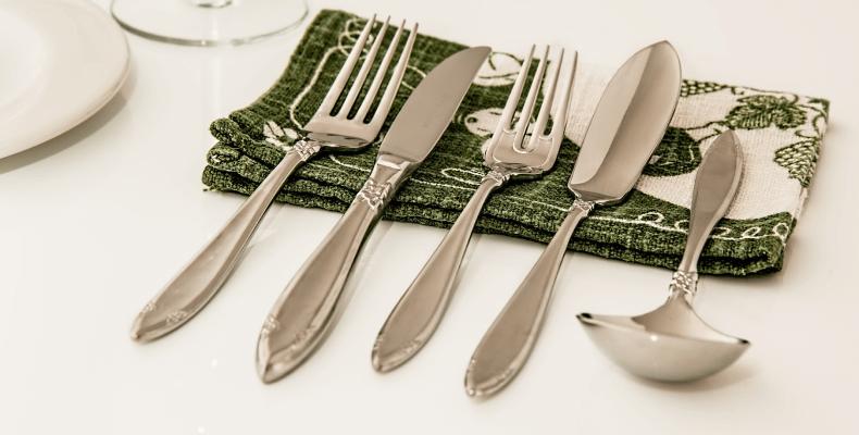 Czyszczenie srebrnych sztućców - jak czyścić srebrne sztućce
