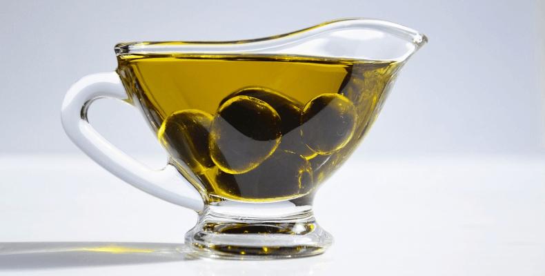 Oliwa z oliwek na zdrowe paznokcie