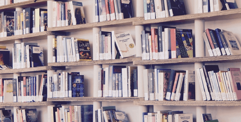 Czytanie książek podczas spędzania wolnego czasu