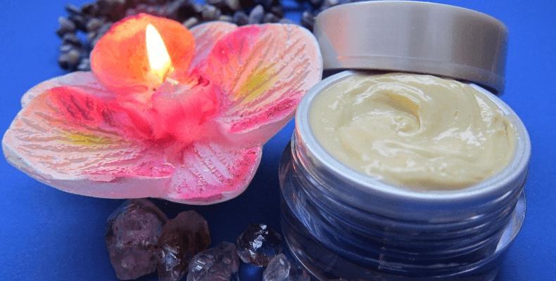 Pielęgnacja skóry wiosną - nawilżenie kremem