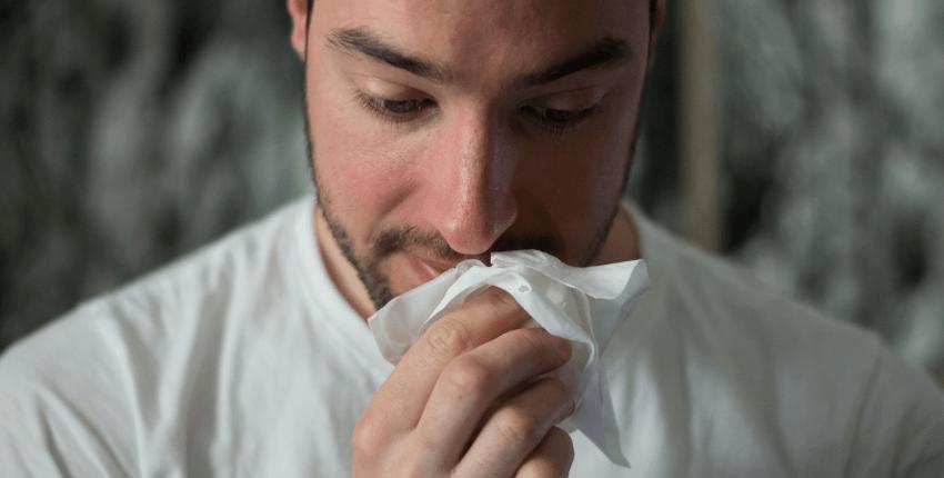 Domowe sposoby na zatkany nos- jak radzić sobie z bólem nosa?